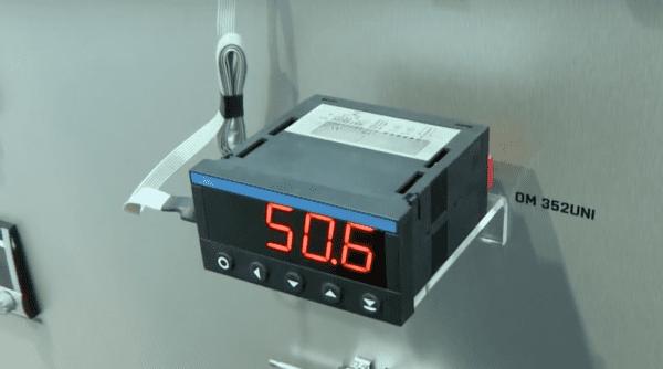Màn hình hiển thj đo mức OM352UNI