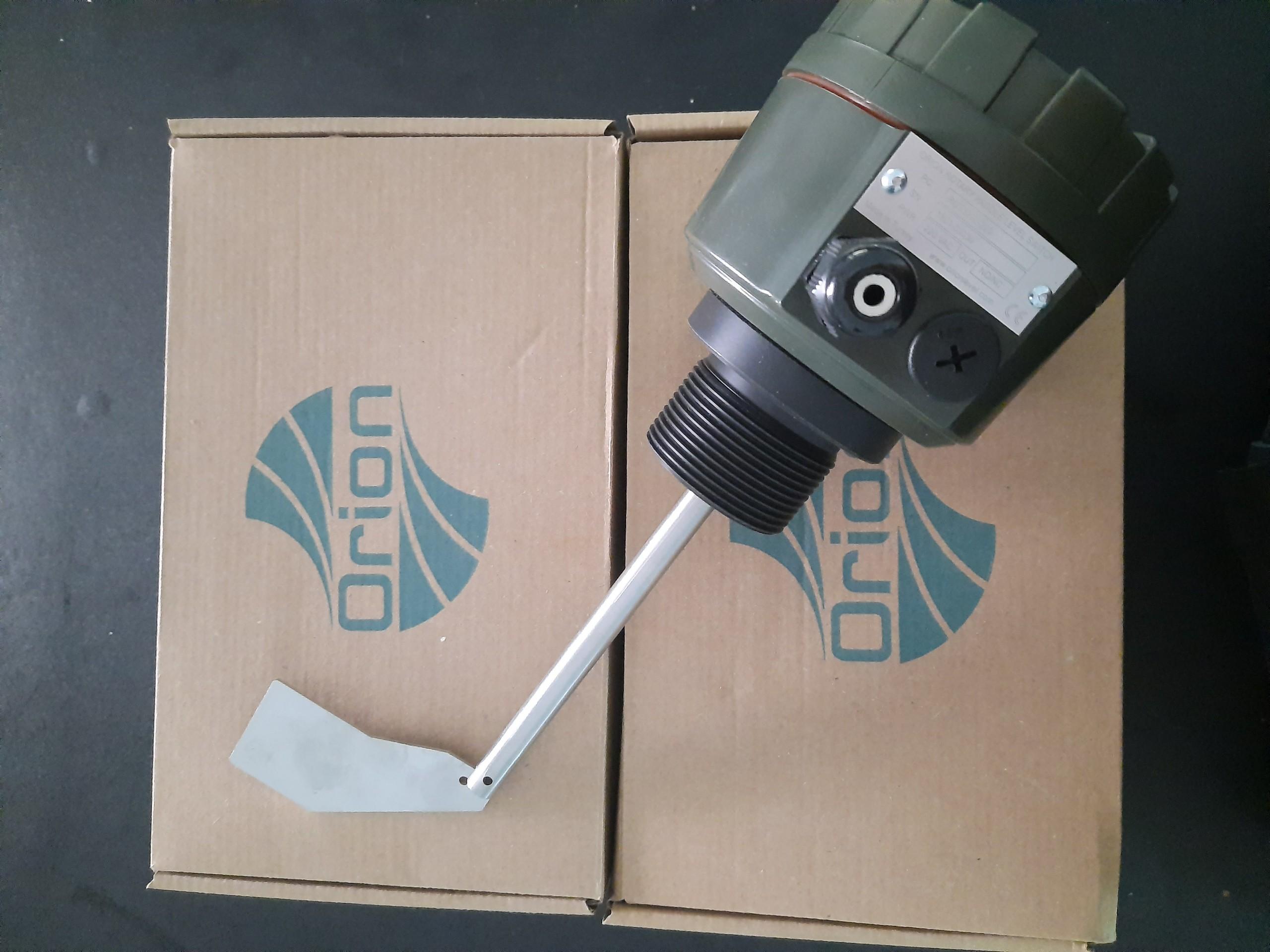 Cảm biến đo mức chất rắn ROT320-220