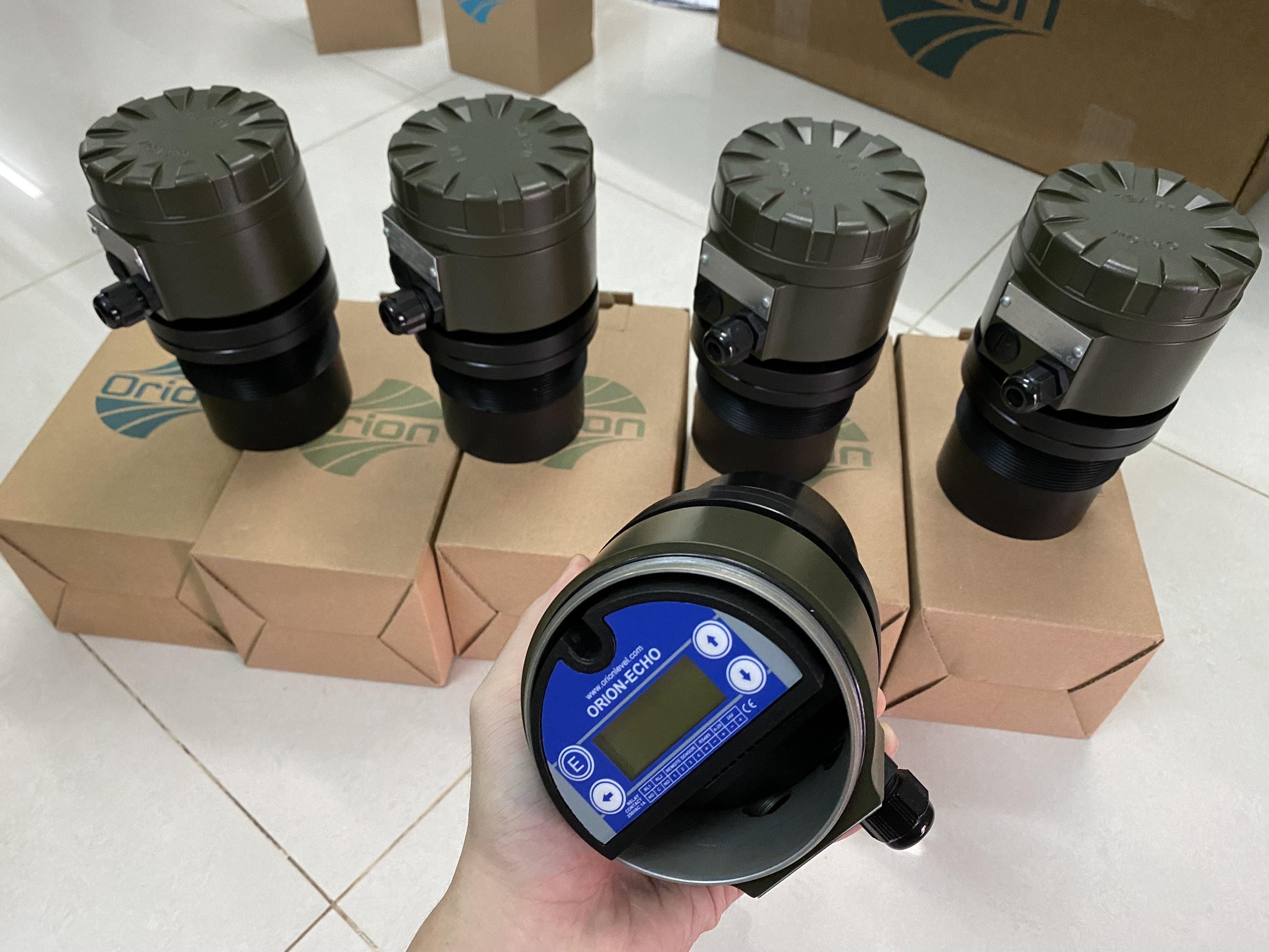 Thiêt bị do mức cảm biến siêu âm ECH306